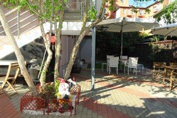 Гостевой дом, Крымская улица, 79Б на 7 номеров - Фотография 3