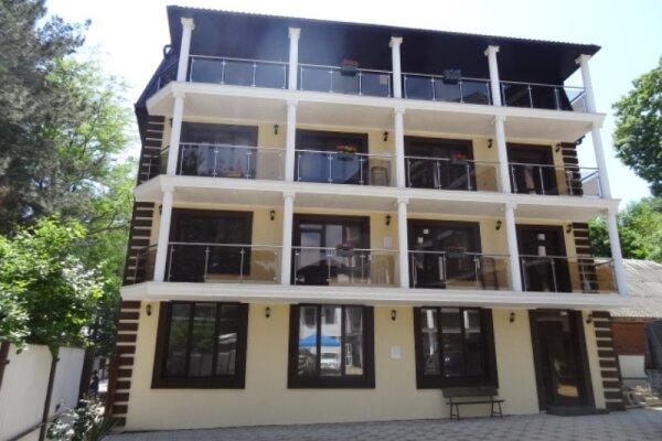 Гостевой дом, Подгорная, 5А на 20 номеров - Фотография 1