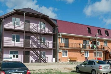 Гостевой дом , Столичная улица, 18 на 10 номеров - Фотография 3