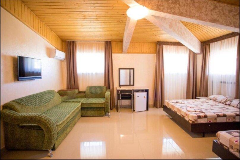 Улучшенный люкс , улица Юганское кольцо, 4, село Сукко - Фотография 1