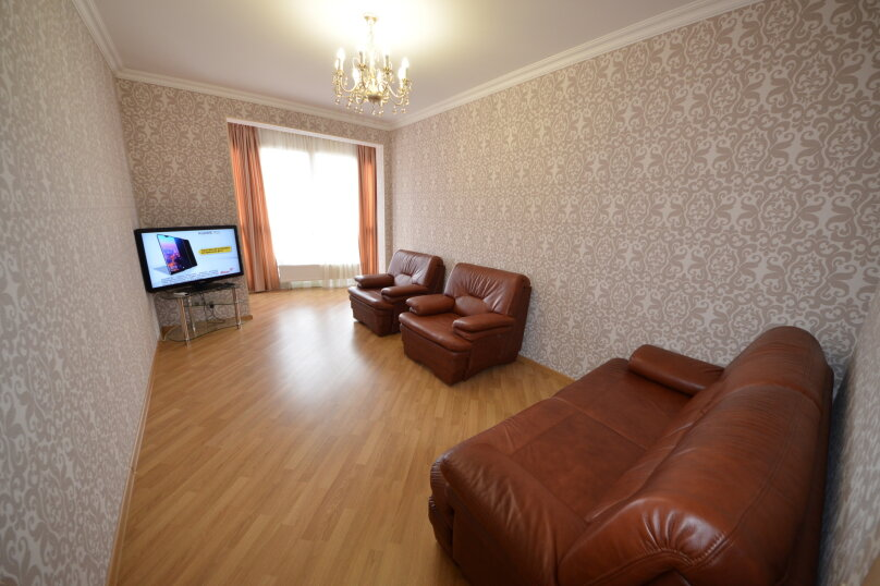 3-комн. квартира, 99 кв.м. на 8 человек, переулок Богдана Хмельницкого, 8, Адлер - Фотография 3