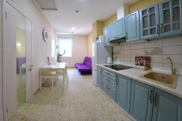 Апартаменты в частном доме, 45 кв.м. на 4 человека, 2 спальни, Набережная улица, 24Г, Алушта - Фотография 3