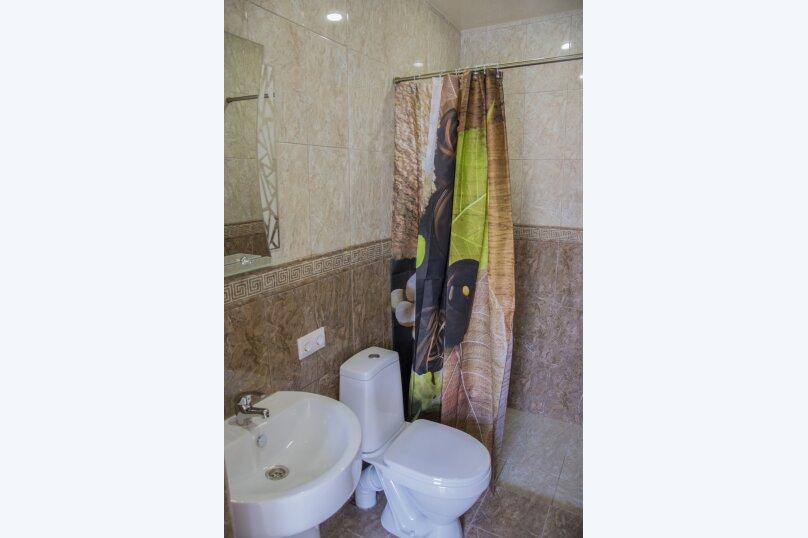 Номер Стандарт, 3-местный (2 основных + 1 доп), 1-комнатный №10, Революционная улица, 124, Кабардинка - Фотография 5