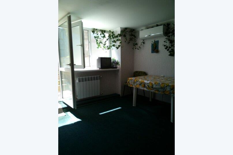 Гостевая комната частном доме , СТ Атлантика-2, 3 на 1 комнату - Фотография 11