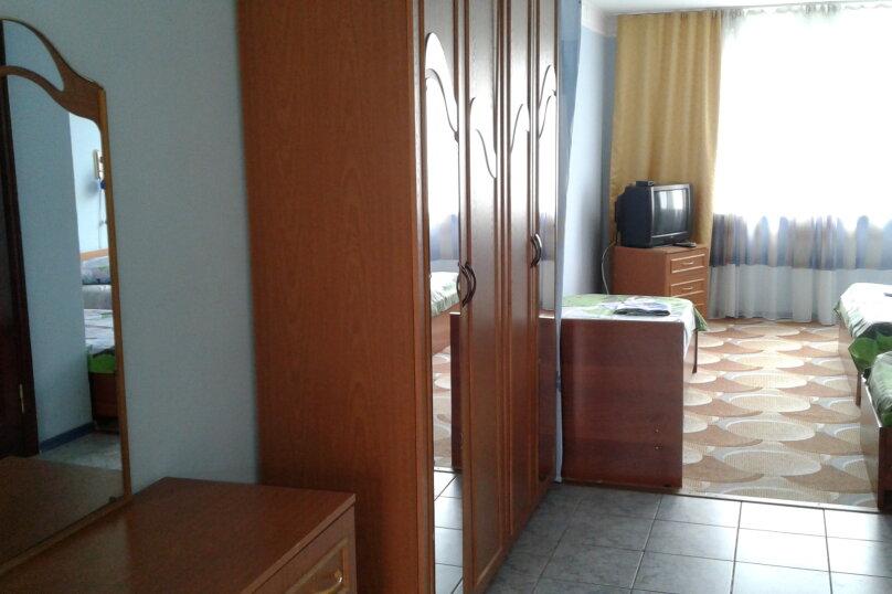"""Отель """"ТАРАЗ"""", улица Свободы, 8 на 12 номеров - Фотография 9"""