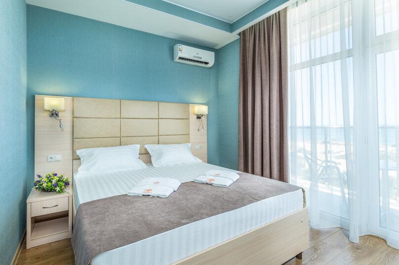 Люкс 2-х комнатный с видом на море, Южный проспект, 14, Витязево - Фотография 1