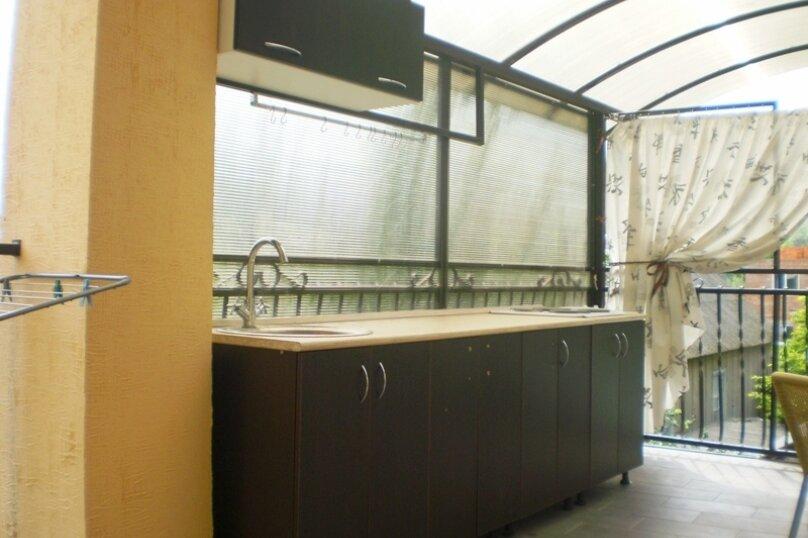 """Гостевой дом """"Ташкент"""", Советская улица, 3Б на 12 комнат - Фотография 2"""