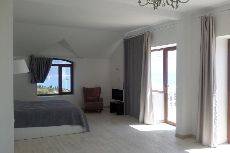 Эксклюзивное предложение на ЮБК, 320 кв.м. на 6 человек, 3 спальни, Тенистая улица, 52, Даниловка - Фотография 49