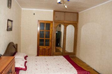 2-комн. квартира, 48 кв.м. на 5 человек, улица Соловьева, 12, Гурзуф - Фотография 1