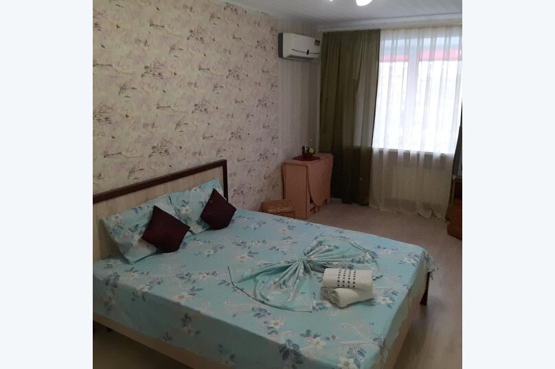 2-комн. квартира, 47 кв.м. на 4 человека, улица Чапаева, 8, Волгоград - Фотография 2
