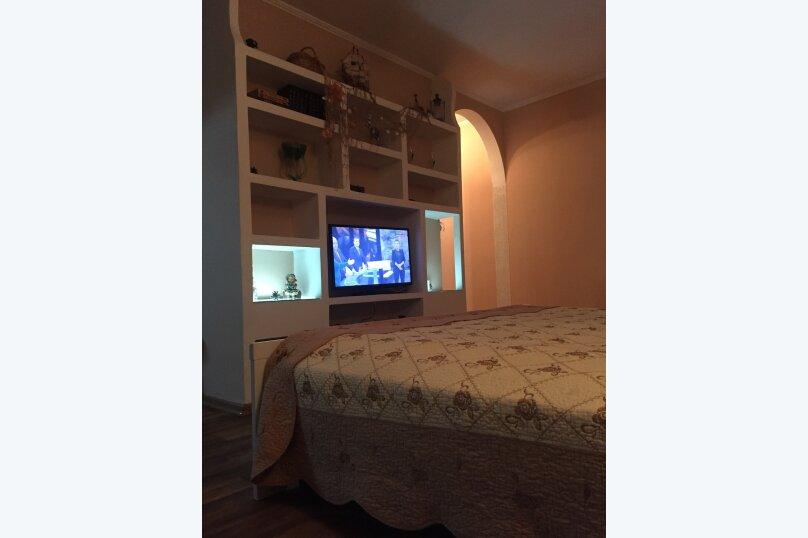 1-комн. квартира, 32 кв.м. на 3 человека, улица Гоголя, 20-а, Севастополь - Фотография 1