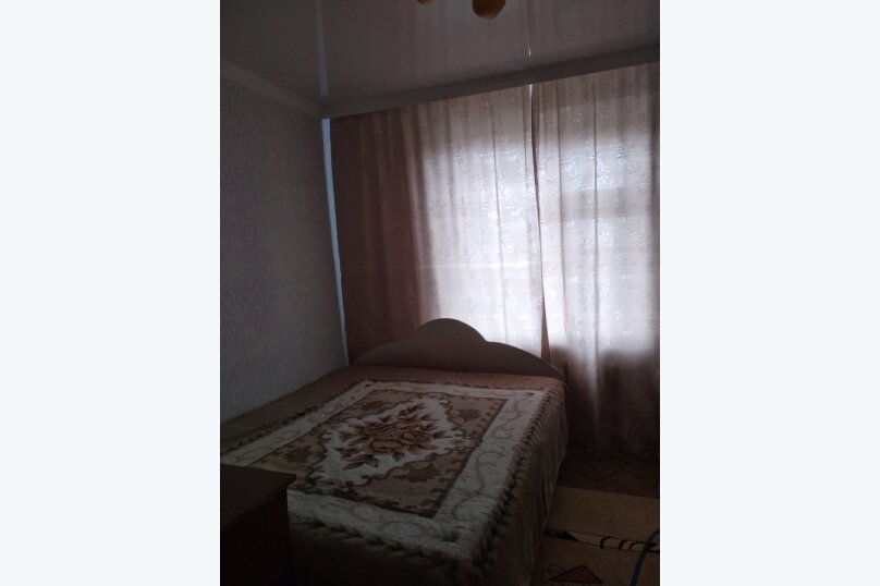 2-комн. квартира, 41 кв.м. на 6 человек, улица Димитрова, 10, Майкоп - Фотография 12