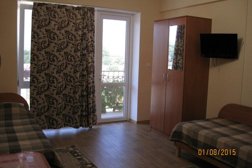 2-х местный номер с двумя раздельными  кроватями  1этаж, Лесная улица, 18, Новофёдоровка, Саки - Фотография 4