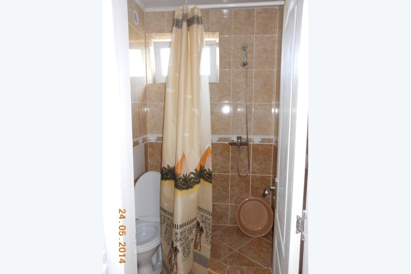 3-х местный номер (1) с тремя отдельными кроватями 1 этаж, Лесная улица, 18, Новофёдоровка, Саки - Фотография 4