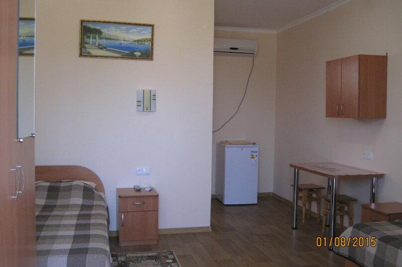2-х местный номер с двумя отдельными кроватями 2 этаж, Лесная улица, 18, Новофёдоровка, Саки - Фотография 2