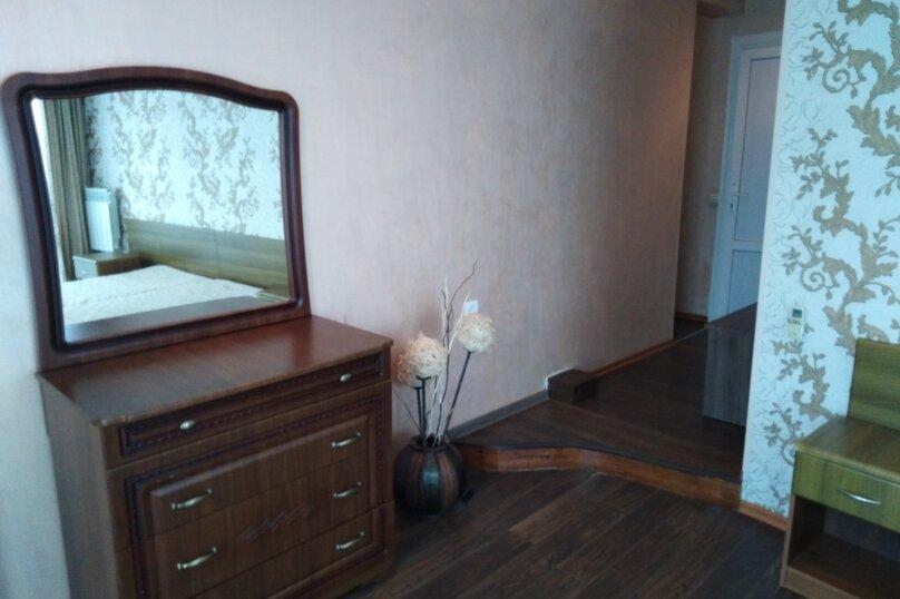 Семейный 2-х. комнатный, 4-х. местный, Прибрежная улица, 2, Адлер - Фотография 1
