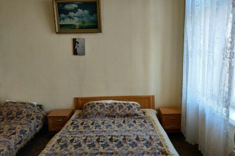 1-комн. квартира на 4 человека, улица Кирова, 5, Евпатория - Фотография 2