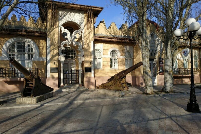 1-комн. квартира на 4 человека, улица Кирова, 5, Евпатория - Фотография 7