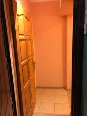 1-комн. квартира, 33 кв.м. на 4 человека, улица Ленина, 61, Судак - Фотография 2
