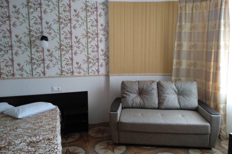 """Гостевой дом """"Сахалин"""", улица Толстого, 23 на 6 комнат - Фотография 21"""