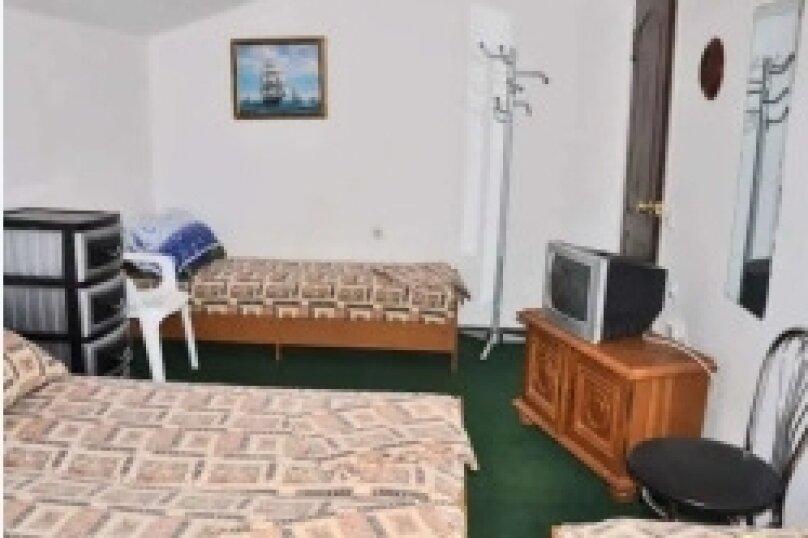 Семейный номер, Черноморская улица, 50, Витязево - Фотография 1