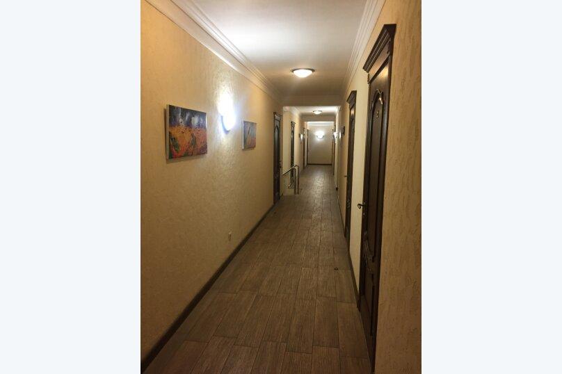 """Отель """"ЛЕТО"""", Восточная улица, 8 на 8 номеров - Фотография 2"""