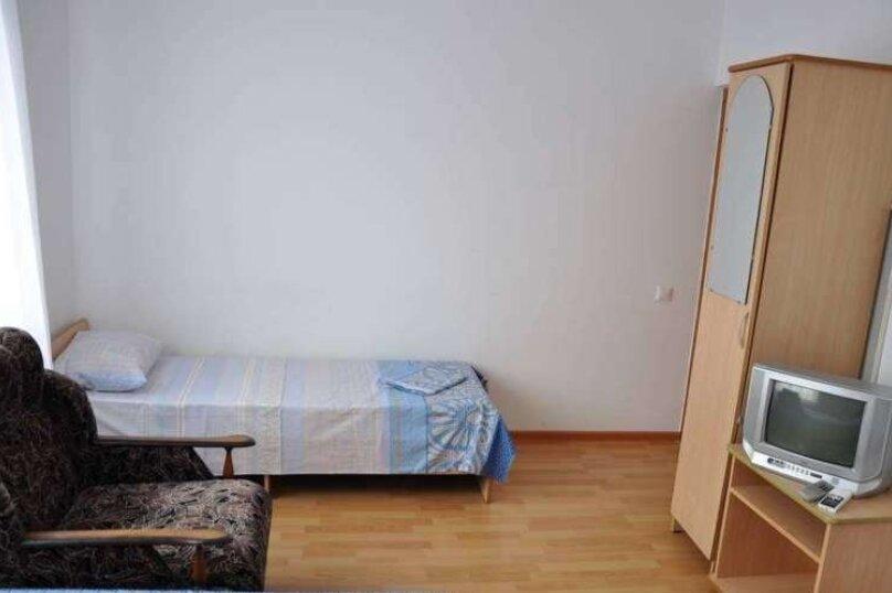 """4х местный """"Стандарт, Южная улица, 2, Витязево - Фотография 1"""