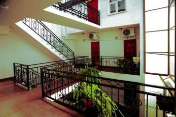Гостиница, улица Свердлова, 35 на 10 номеров - Фотография 1