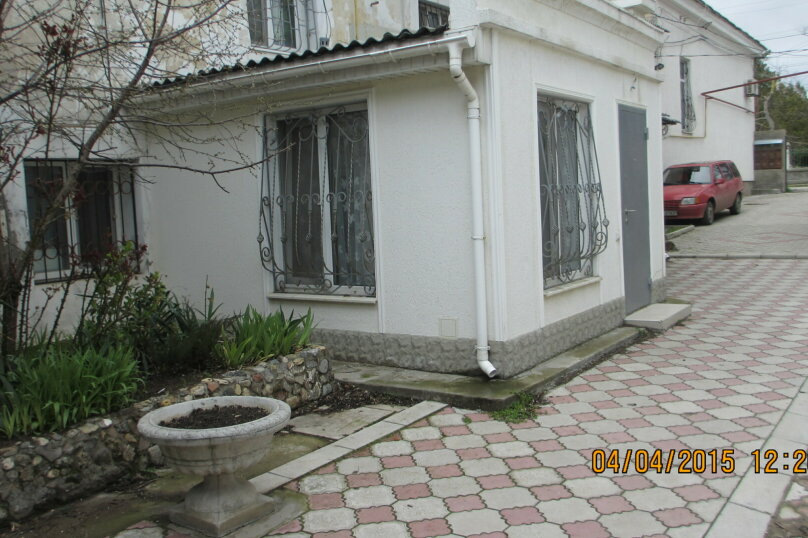 Дом, 16 кв.м. на 3 человека, 1 спальня, улица Революции, 25, Евпатория - Фотография 2