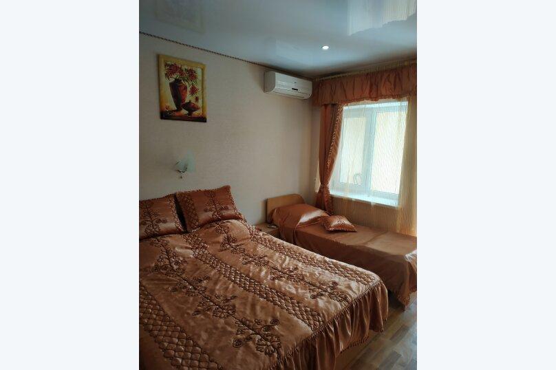 """Гостевой дом """"На Калинина 32"""", улица Калинина, 32 на 8 комнат - Фотография 47"""
