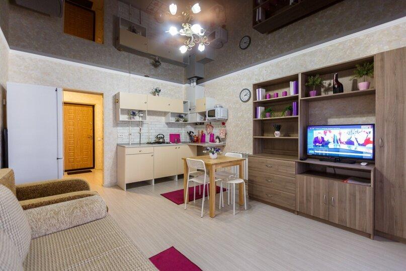 1-комн. квартира, 35 кв.м. на 4 человека, Переулок Б. Хмельницкого , 14, Адлер - Фотография 1