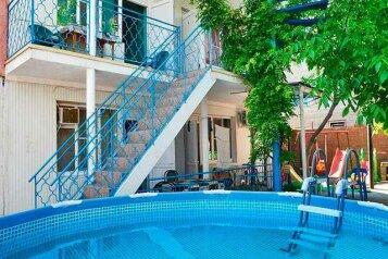 Гостевой дом, улица Тургенева на 16 номеров - Фотография 1