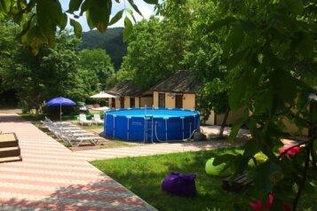 База отдыха, улица Сосновая щель,  на 20 номеров - Фотография 1