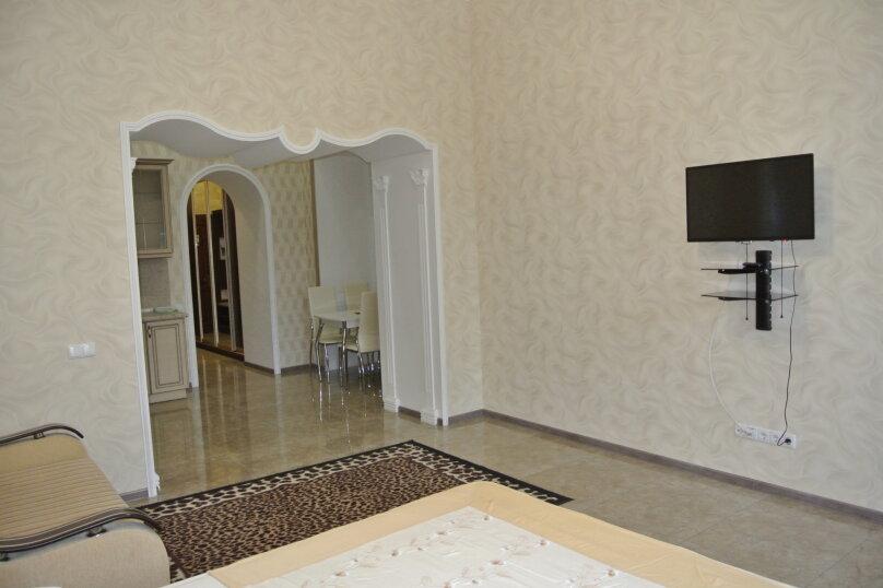 Апартаменты-студия +(DBL + ЕХВ), набережная имени Ленина, 13, Ялта - Фотография 30