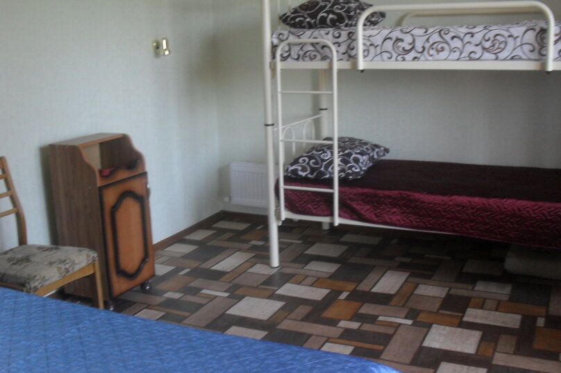 Домик для отдыха, 30 кв.м. на 4 человека, 1 спальня, улица Энгельса, 102, Ейск - Фотография 6