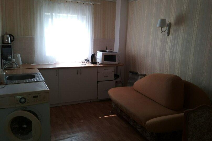 Дом, 300 кв.м. на 6 человек, 6 спален, СТ Маяк, Сливовая, 136, село Семеновка - Фотография 3