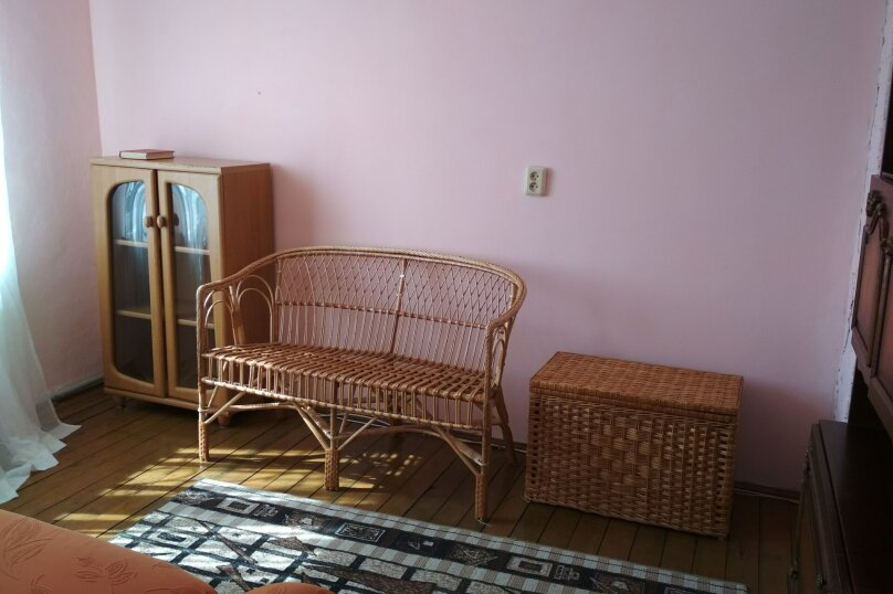Дом, 300 кв.м. на 6 человек, 6 спален, СТ Маяк, Сливовая, 136, село Семеновка - Фотография 15