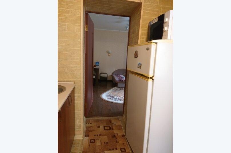 1-комн. квартира, 16 кв.м. на 4 человека, улица Гагарина, 10, Кисловодск - Фотография 10