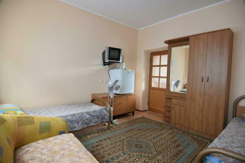 """Гостевой дом """"Уют"""", Курортный переулок, 5 на 24 комнаты - Фотография 34"""