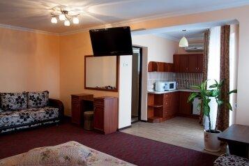 Гостевой дом, Приморская улица, 7 на 149 номеров - Фотография 2