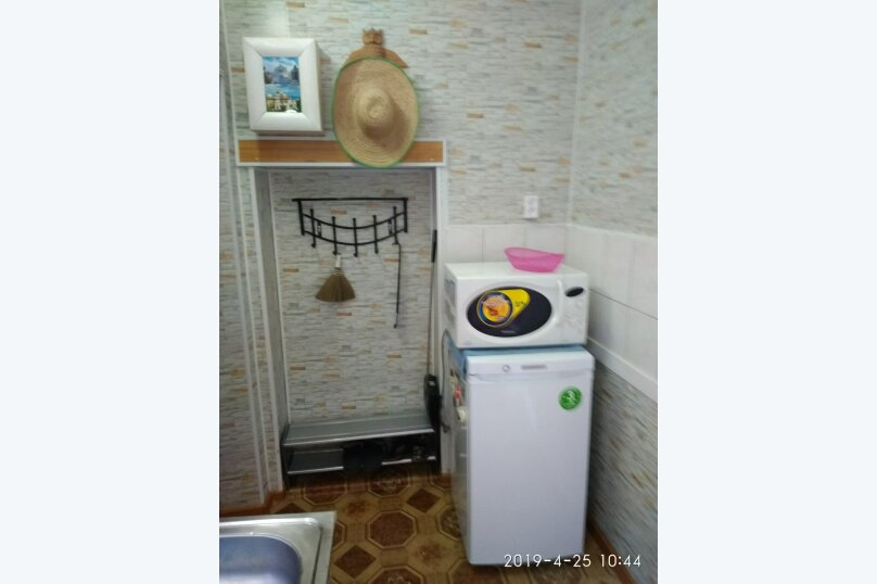 1-комн. квартира, 22 кв.м. на 3 человека, улица Энгельса, 24, Феодосия - Фотография 10