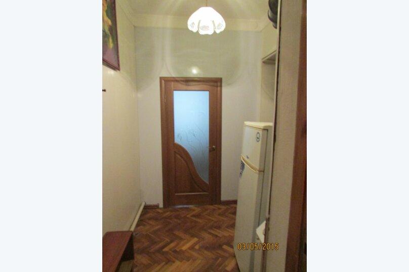 Двухэтажный дом на 8 человек, 3 спальни, улица Кирова, 32, Ялта - Фотография 2