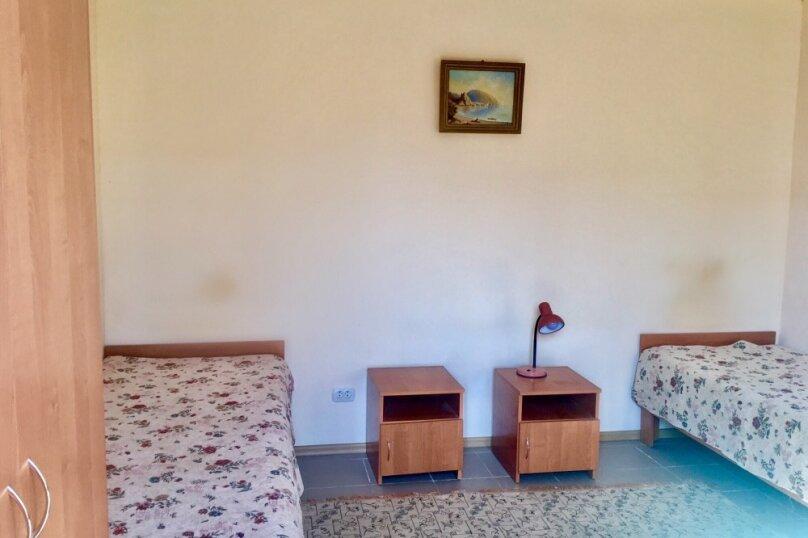 Стандарт двухместный с дополнительным местом и своим санузлом, Михайловское шоссе, 78, Саки - Фотография 1
