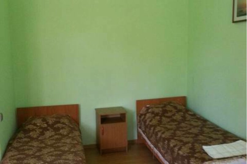 2х местный Эконом, Сухумская, 9, Гагра - Фотография 1