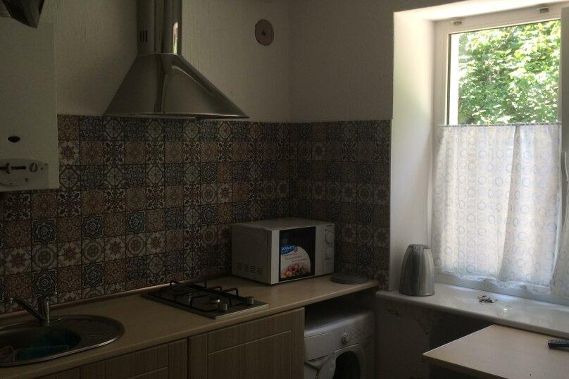 2-комн. квартира, 45 кв.м. на 5 человек, улица Черняховского, 22, Калининград - Фотография 2