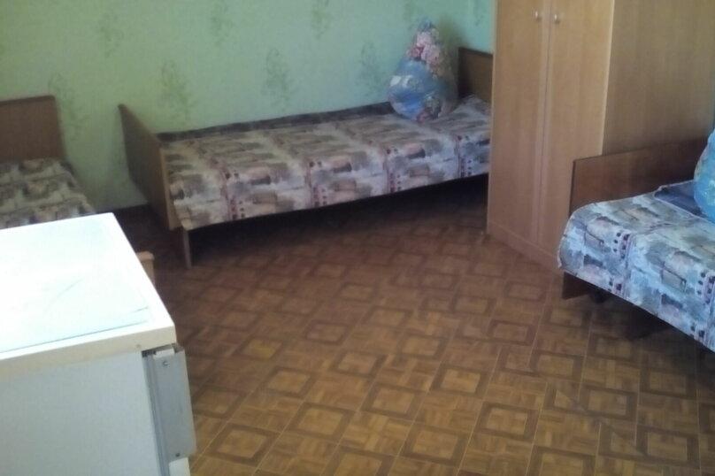 Гостевой дом , с. Малореченское, ул. Виноградная на 6 комнат - Фотография 21