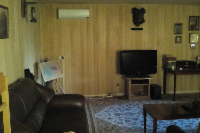 Гостевой дом , с. Малореченское, ул. Виноградная на 6 комнат - Фотография 28