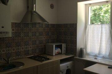 2-комн. квартира, 45 кв.м. на 5 человек, улица Черняховского, 22, Центральный район, Калининград - Фотография 2