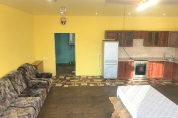 Двухэтажный коттедж, 280 кв.м. на 10 человек, 3 спальни, улица Водников, Великий Новгород - Фотография 3