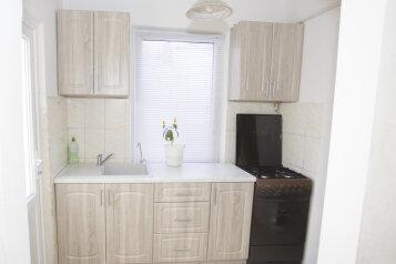 Дом, гостивой дом., 62 кв.м. на 5 человек, 2 спальни, Лиманная улица, 47, Евпатория - Фотография 1